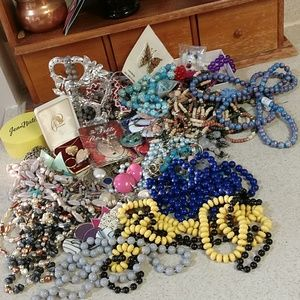 5 lb.jewelry, costume.Crafts,beads,kids,fun